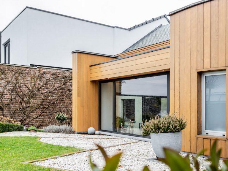 Realisatie <br>plat dak met houten afwerking